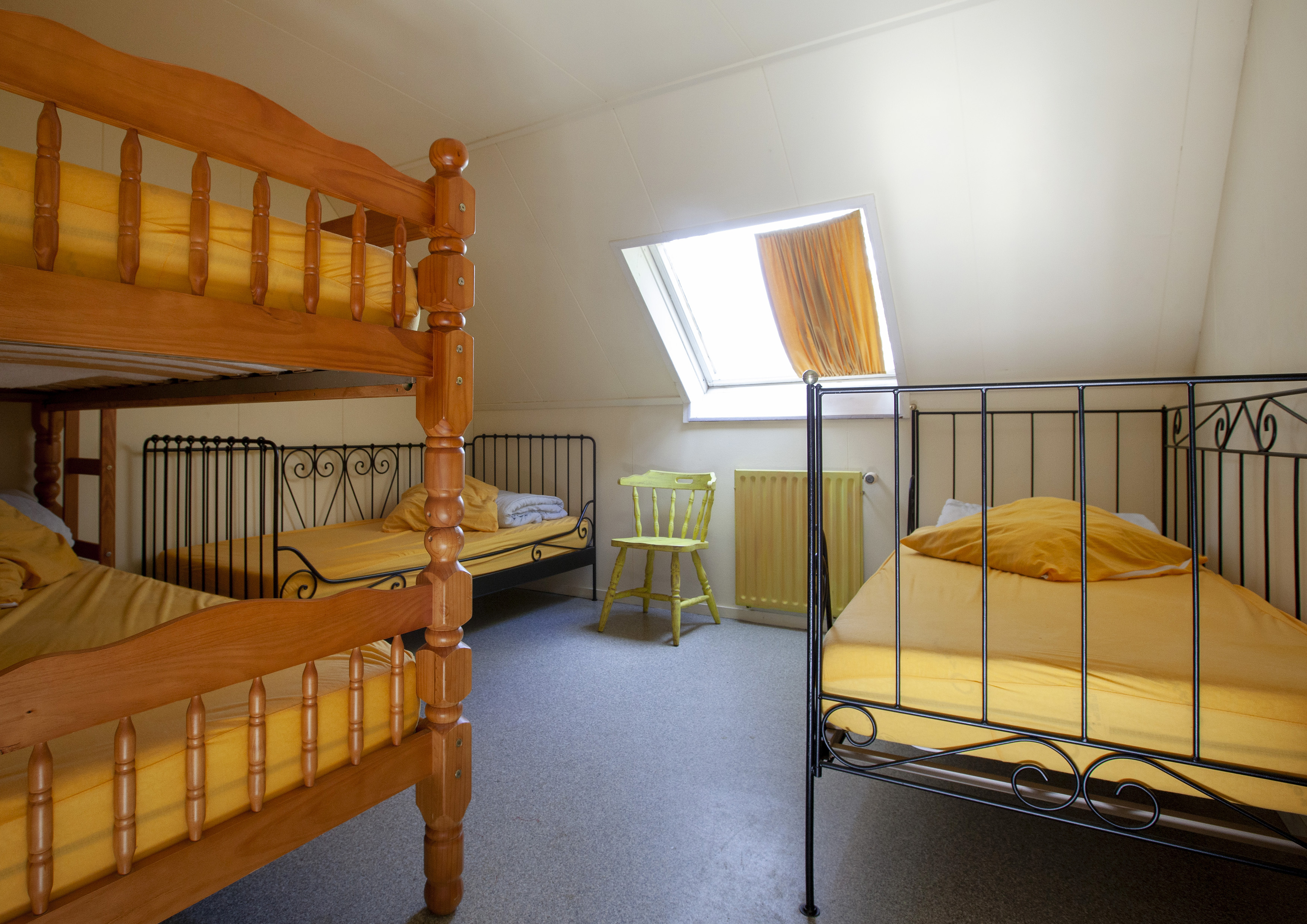 16 gele kamer